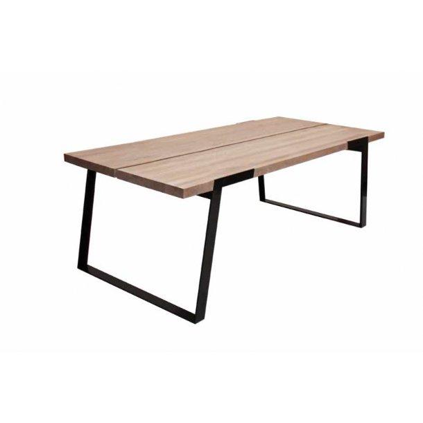 Spisebord olieret vild eg - sort metal - 240 cm