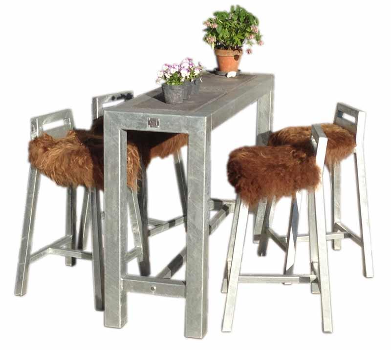 Image of Barbord med 4 stk. barstole - galvaniseret med hjul