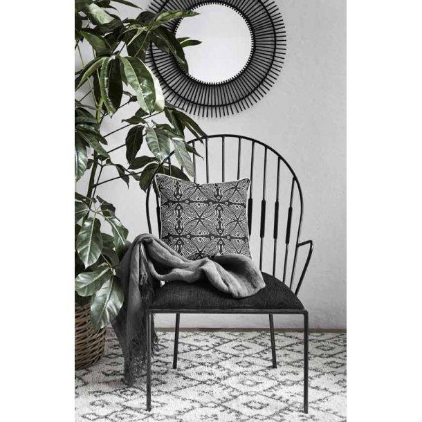 Metal stol med armlæn - sort velour hynde