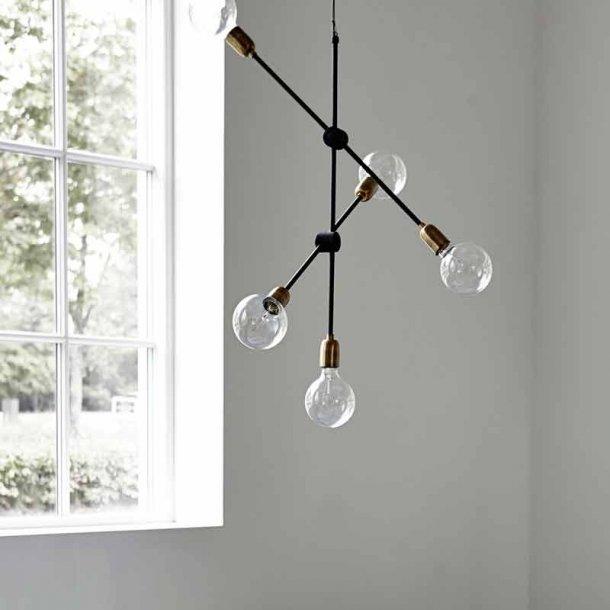 Lampe Molecular - højde 78 cm - lampe fra House Doctor