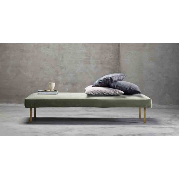 Daybed velour mos - med messingben